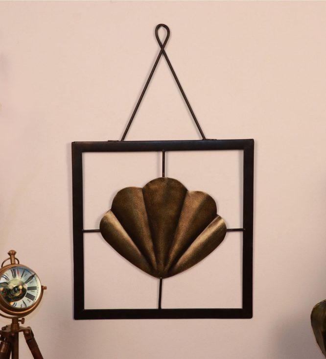 gold-brass-seashell-wall-hanging