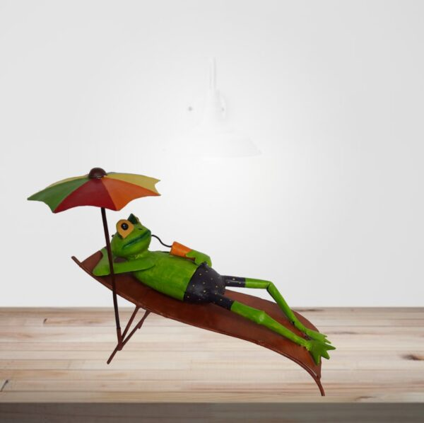 HandMade Painted Sleeping frog with Umbrella