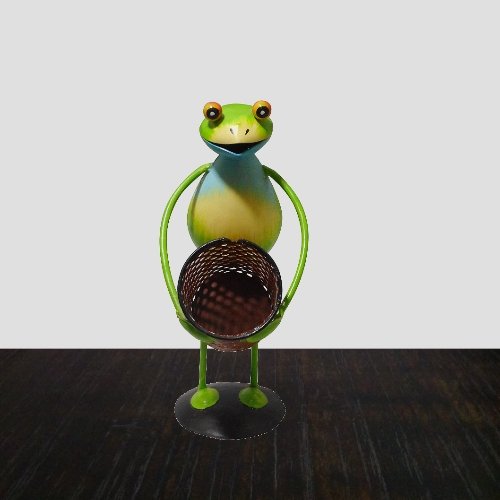 frog-shaped-pen-and-pencil-holder